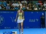 Wozniacki's Hilarious Serena Impression