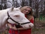 Beka & Stormy - Stormy The Blind Horse At The Extreme Cowboy Race
