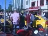 6 Taxi Drivers Beatinp Up An Another Driver With Baseball Bats