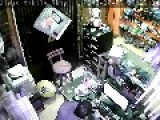 Armed Robbers Attack Mobile Store In Egypt