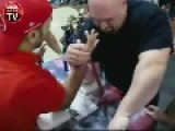 Arm Wrestling Between 171 Pounds Turkish Guy Vs 385.4 Pounds Shawn Lattimer