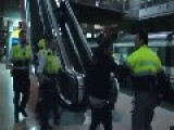 Cargas Policiales En El Interior De Atocha 2 - Madrid Riot Video Part 2