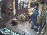 Fight Between A Jeweller And A Thief