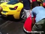 Ferrari 458 Italia Vs. Crowd
