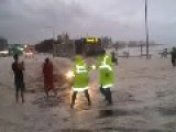 Original Sunshine Coast Floods 27.1.2013 .....police Get The Surprise Of A Life Time