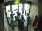 Robbery Thief Getaway Face Smash!
