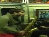 SAX BATTLE IN NYC SUBWAY