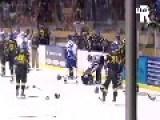 Violent Ice Hockey Fight
