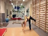 World Pole Dance Champion Oona Kivelä - Strength X Flexibility