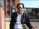 Antonello De Pierro Incatenato A Polizia Municipale Di Ostia