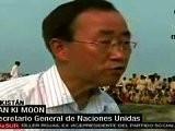 Ban Ki Moon Visit&oacute Damnificados En Pakist&aacute N