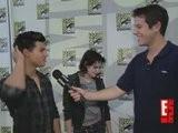 E! Interview Kristen & Taylor