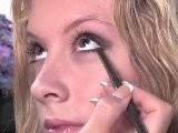How To Do Makeup With Eyeliner
