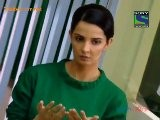 Kuch Toh Log Kaheng - 4th October 2011 Video Watch Online Pt2