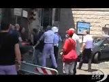 Napoli, Tensione In Centro Tra Lavoratori Sma E Forze Ordine