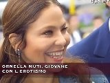 ORNELLA MUTI, GIOVANE CON L&#039 EROTISMO