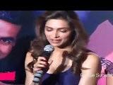 Sexy Deepika Padukone&#039 S Cleavage Show