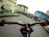 Insane Downhill Bike Street Race