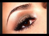 Wearable Metallic Cat Eye
