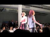 KYLIE JENNER Models In AVRIL LAVIGNE Fashion Show, KARDASHIAN SISTERS Watch!