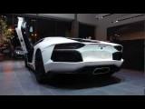 Lamborghini Aventador LP700-4 Revving+loud Exhaust